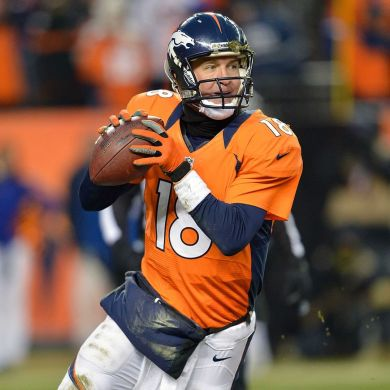 Remember when Peyton Manning opened the 2013 season with SEVEN touchdown passes?...