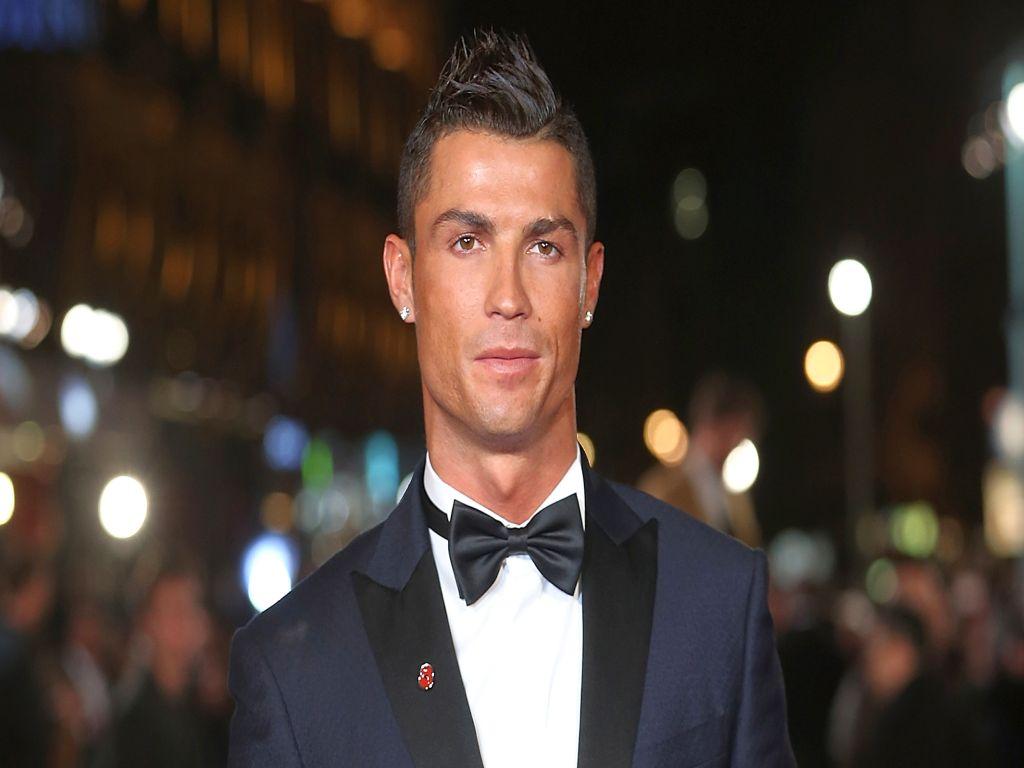 Cristiano Ronaldo vergi cezası aldı