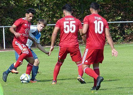 Fußball-Bezirksliga 7: IG Bönen-Bönen verteidigt die Tabellenführung