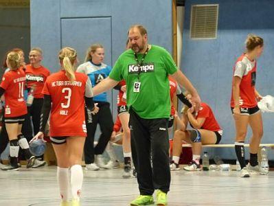 Ingo Wagner bleibt Trainer bei den TuRa-Frauen – Heimspiele
