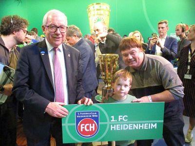 Maskottchen und Beistand aus Holzwickede brachte Heidenheim zum Jubeln