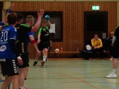 Handball-Bezirksliga: Tabellenführer SuS Oberaden II erledigt Pflichtaufgabe in Lünen