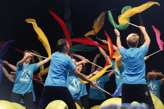 Auftakt zum größten inklusiven Sportfest Deutschlands – Mehrere tausend Besucher erleben stimmungsvollen Auftakt zum 4. NRW-Landesturnfest in Hamm