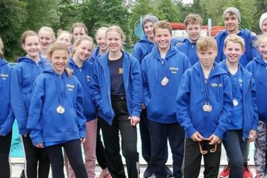 Medaillenregen für die Schwimmfreunde Unna beim Kamener Schwimmfest