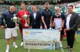 Der Spaß regiert das Spiel: schauinsland-reisen Champions Trophy begeistert 10.000 Zuschauer in HalleWestfalen