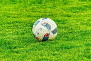 Fußball-Kreisliga B: Niederlagen für die Spitzenreiter