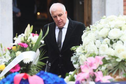 Ο Ζέλικο Ομπράντοβιτς στην κηδεία του Ντούσαν Ίβκοβιτς
