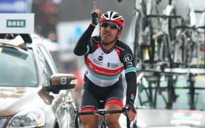 L'arrivo di Fabian Cancellara al Giro delle Fiandre 2013