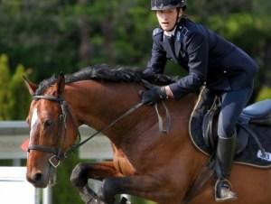 Gloria Tocchi impegnata nella prova di equitazione ai Mondiali Juniores di Pentathlon