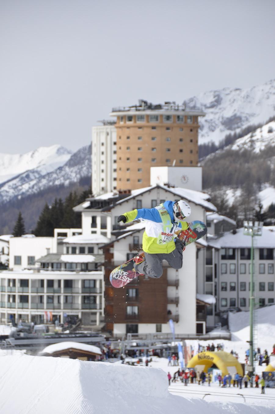 Snowboard Braulio Vertical Tour dedicato allo Slopestyle