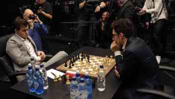 Mondiale di Scacchi, Carlsen si accontenta di un pari e guarda al tie break