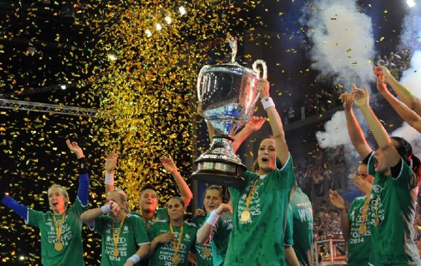 EHF Champions League Women´s Final4  2014 May 4th Budapest/Hungary Final - Buducnost (MNE) vs. Gyori Audi ETO KC (HUN) -  Winners with Trophy - Foto: EHF Media