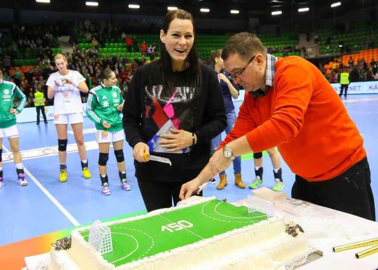 Handball Ungarn: Győri Audi ETO KC überlegen gegen Debrecen - Anita Görbicz - Foto: Anikó Kovács und Tamás Csonka (Győri Audi ETO KC)