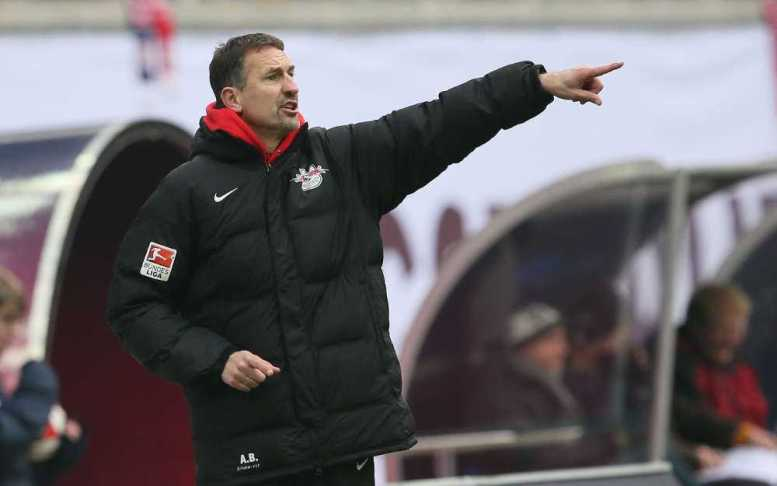 RasenBallsport Leipzig vs. FSV Frankfurt - Achim Beierlorzer (RB Leipzig) - Foto: GEPA pictures/Roger Petzsche