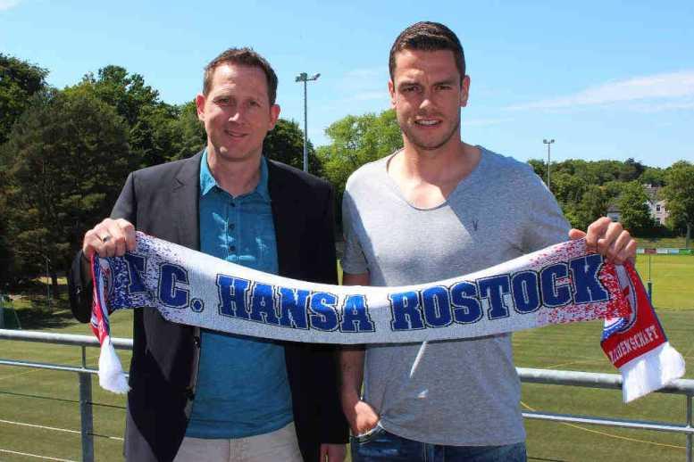 Hansa Rostock verpflichtet Matthias Henn - Sportdirektor des F.C. Hansa Rostock Uwe Klein und Matthias Henn - Foto: F.C. Hansa Rostock