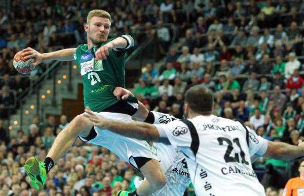 SC DHfK Leipzig unterlag THW Kiel mit starker Performance beim Handballfest - Philipp Weber - Foto: Elmar Keil