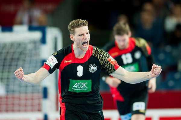 Handball EM 2016 Gruppe C: Deutschland in Hauptrunde nach souveränem Sieg gegen Slowenien - Tobias Reichmann - Foto: ZPRP / EHF