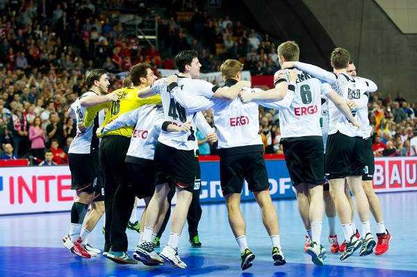 Handball EM 2016: Deutschlands Traum vom Halbfinale lebt nach Russland-Sieg weiter - Foto: ZPRP / EHF