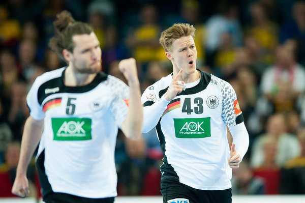SC DHfK Leipzig verpflichtet Niclas Pieczkowski - im Bild: Handball EM aus Deutschalnd vs. Spanien (Vorrunde) mit Steffen Fäth (li.) - Foto: ZPRP / EHF