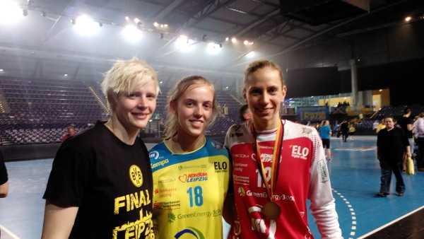 """DHB-Pokal Final4: Katja Kramarczyk (HC Leipzig) """"Nach Niederlagen wieder aufstehen"""" - Clara Woltering, Kaya Diehl, Katja Kramarczyk (v.l.) - Foto: SPORT4FINAL"""