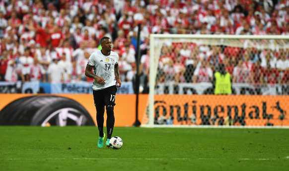 Jerome Boateng - Fussball EM 2016: Aktion während der UEFA EURO 2016 Gruppe C - Spiel zwischen Deutschland und Polen im Stade de France am 16. Juni 2016 in Paris, Frankreich. Foto: Shaun Botterill / Getty Images