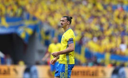 Zlatan Ibrahimovic Schweden) - Fussball EM 2016: Aktion während der UEFA EURO 2016 Gruppe E Spiel zwischen Italien und Schweden am 17. Juni 2016 in Toulouse, Frankreich. Foto: Dean Mouhtaropoulos / Getty Images