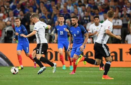 Bastian Schweinsteiger (Deutschland) – Fussball EM 2016: UEFA EURO Halbfinalspiel zwischen Deutschland und Frankreich im Stade Velodrome am 7. Juli 2016 in Marseille, Frankreich. Foto: Matthias Hangst / Getty Images