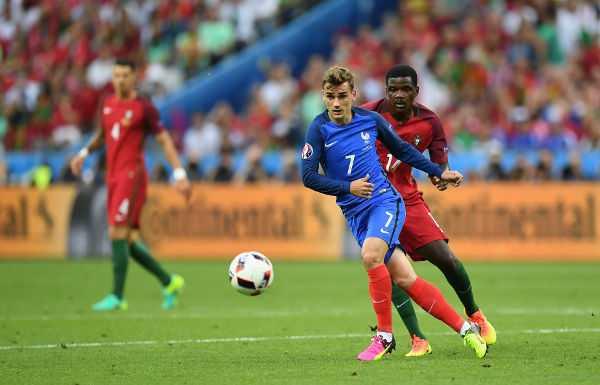 Antoine Griezmann (Frankreich) – Fussball EM 2016: UEFA EURO 2016 Endspiel zwischen Portugal und Frankreich im Stade de France am 10. Juli 2016 in Paris, Frankreich. Foto: Laurence Griffiths / Getty Images