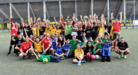 Dynamo Dresden im Training mit Special Olympics - Foto: Dynamo Dresden/ Frank Dehlis