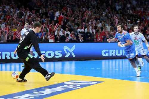 Torbjörn Bergerud Norwegen - Man of the Match) und Zlatko Horvat Kroatien) - Handball WM 2017 Halbfinale: Norwegen bezwang Kroatien in Extra Time - Foto: France Handball