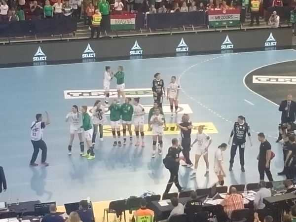 Handball EHF Champions League: Györi Audi ETO KC dominierte Buducnost Podgorica 77