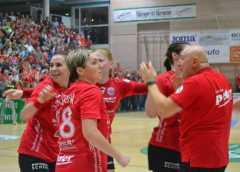 Thüringer HC vs. TuS Metzingen - Handball Bundesliga vom 18.10.2017 - Foto: Hans-Joachim Steinbach