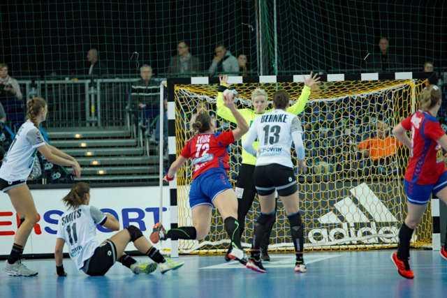 Dragana Cvijic - Handball WM 2017 - Deutschland vs. Serbien - Foto: Jansen Media