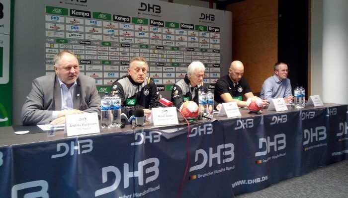 Handball WM 2017 Deutschland - DHB Pressekonferenz am 11.12.2017 - Andreas Michelmann, Michael Biegler, Wolfgang Sommerfeld, Axel Kromer und Tim Oliver Kalle - Foto: SPORT4FINAL