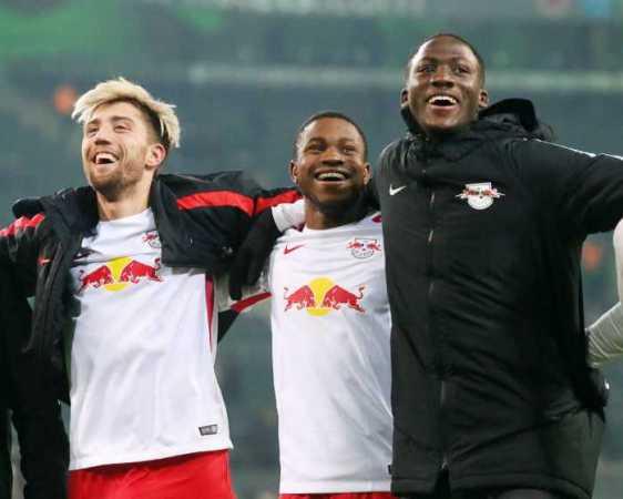 Deutsche Bundesliga, Borussia Mönchengladbach vs. RasenBallsport Leipzig - Kevin Kampl, Ademola Lookman und Ibrahima Konate (RB Leipzig) - Foto: GEPA pictures/Sven Sonntag