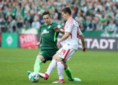 Fußball Bundesliga, SV Werder Bremen vs. RasenBallsport Leipzig - Marco Friedl (Bremen) und Dominik Kaiser (RB Leipzig) - Foto: GEPA pictures/Sven Sonntag