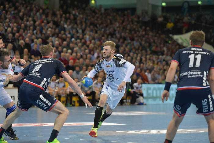 Philipp Weber - SG Flensburg-Handewitt vs. SC DHfK Leipzig - Handball Bundesliga - Foto: Rainer Justen