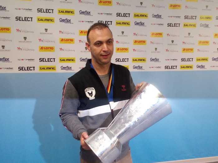 Bob Hanning - Füchse Berlin - EHF Cup Pokal - Foto: SPORT4FINAL