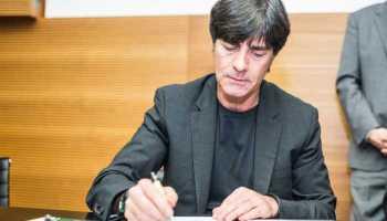 Joachim Löw bleibt dem DFB treu - Vertragsverlängerung bis 2018 – Foto aus März 2015 - Foto: Getty Images