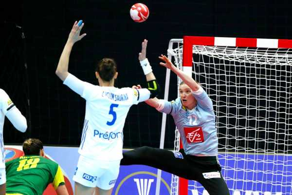 Handball WM 2019 - Amandine Leynaud -Frankreich vs. Brasilien - Foto: FFHandball / S. Pillaud