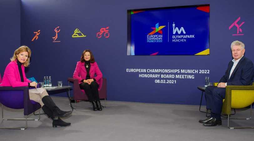European Championships Munich 2022 – v. l. Anouschka Horn, Marion Schöne, Dieter Reiter – Copyright: © European Championships Munich 2022