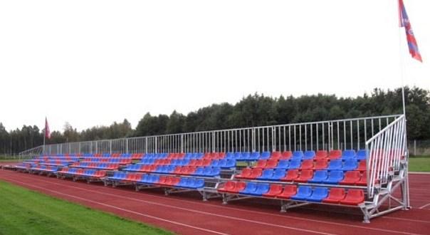 Трибуна стадиона в Пайде