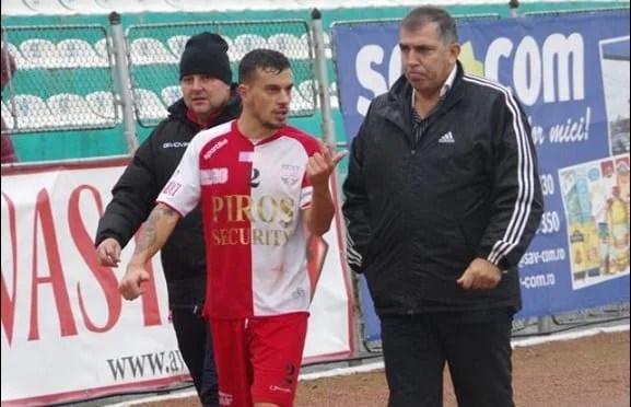 Și, totuși, Pîncota vrea să se întoarcă la Șiria: Câți jucători mai strânge Massone?