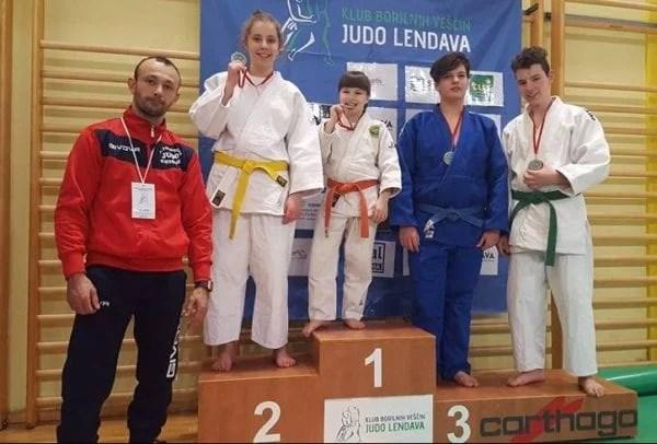 Argint și bronz pentru judoka arădeni la primul turneu internațional din 2017