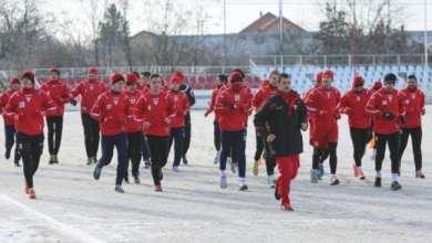 Photo of Utiștii întâmpinați de un teren înghețat bocnă la revenirea din vacanță: 26 de jucători – sub comanda lui Roșu la primul antrenament în 2017