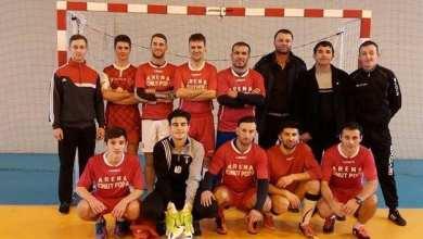 """Photo of Șimandul, câștigătoarea """"zonei"""" de la Satu Nou. Antrenorul – jucător – unul dintre marcatorii finalei"""