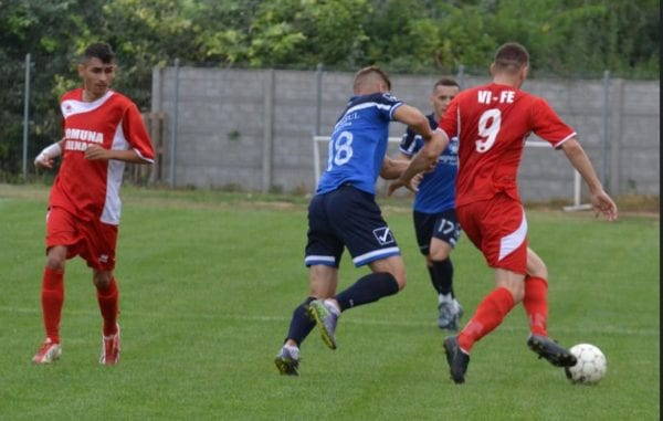"""Mărușteri a valorificat superioritatea """"roș-albilor"""": Victoria Felnac – Unirea Sântana  2-0"""