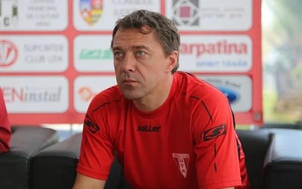 După Mihalcea și Mihali, Mioveniul mai apelează la un fost antrenor al UTA-ei: Roșu îi va pregăti pe argeșeni cu obiectiv promovarea