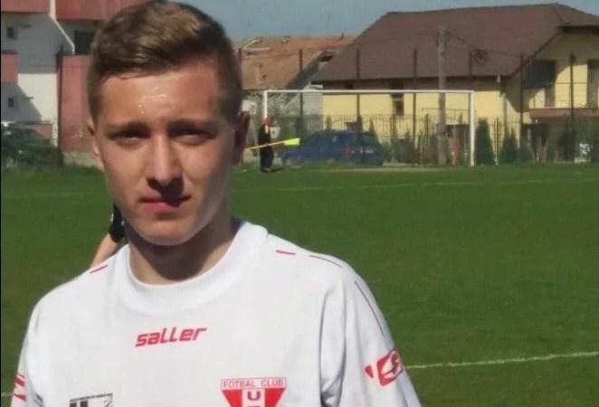 """Sabău i-a apropiat și mai mult pe """"roș-albi"""" de finală: Unirea Alba Iulia – UTA Under 17  0-1"""