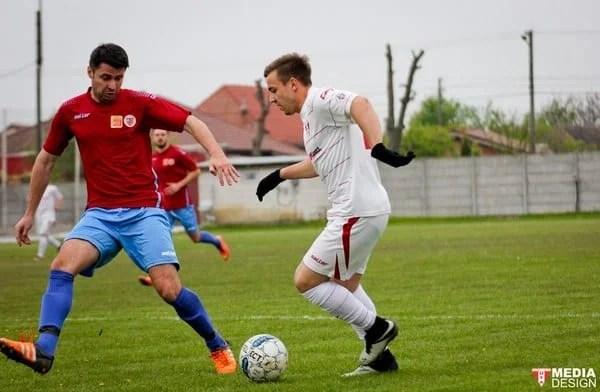 Bucurie înăbușită de accidentarea lui Tănasă: CS Glogovăț – UTA III  3-2